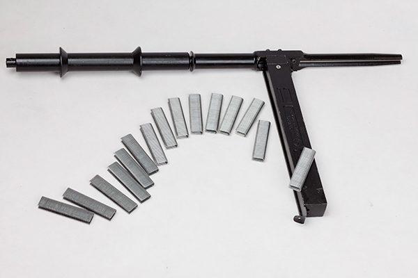 Staple-Gun-1